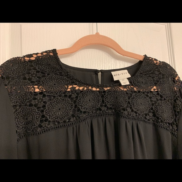 Ava & Viv Tops - Lace top 2x Sheer blouse